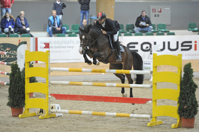data/inhalt/events/2015/15152/Fotos horsesportsphoto Samstag/PapousekKamil_Centisimo_B18_CSNB_Racino_chorsesportsphoto.eu.JPG