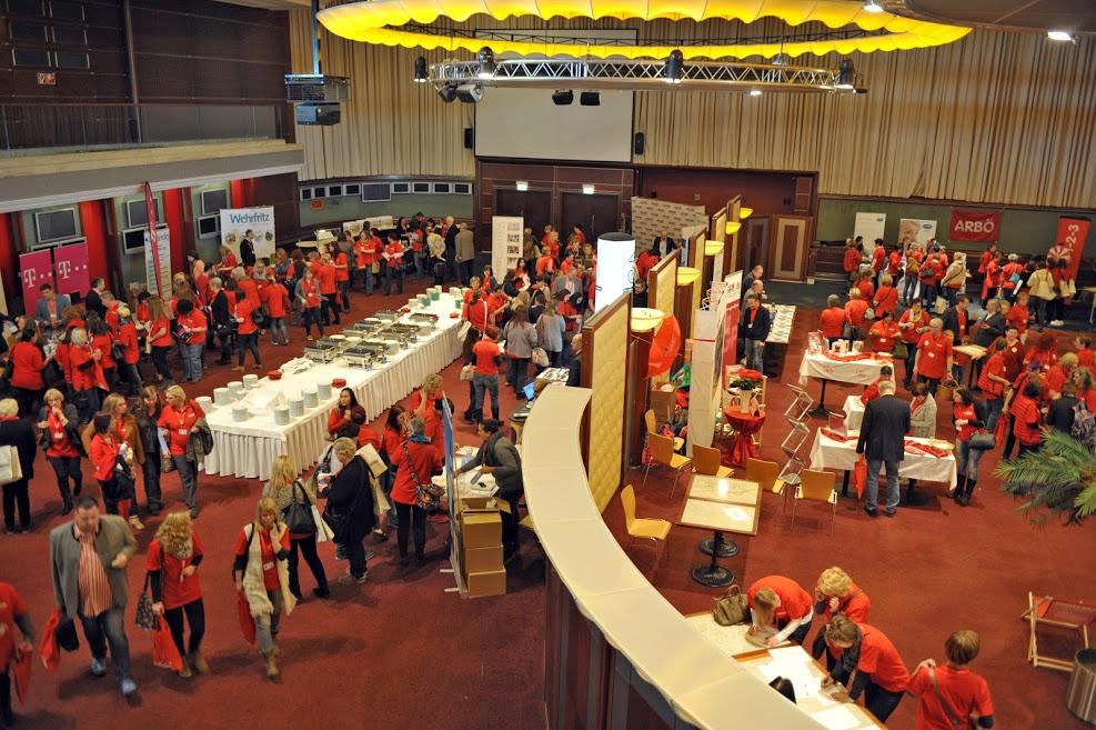 data/inhalt/events/2016/Volkshilfe_Mitarbeiterinnen_Tag/2016_Volkshilfe_Tag_Messe_cWolfgangMayer.jpg
