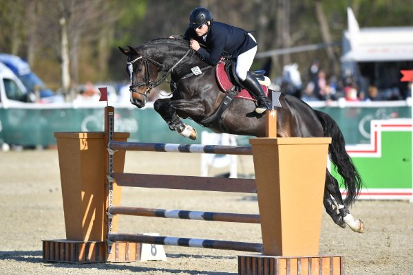 data/inhalt/events/2017/17083_CSN-B/horsesportsphoto_freitag_17083/MR2017_OutdoorOpening_KlusMarek_ CardovonWiechenstein_Bw04_kl.jpg