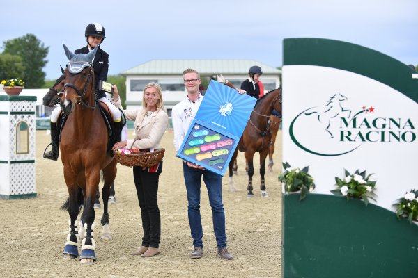 data/inhalt/events/2017/17084_CSI/horsesportsphoto_freitag_17084/ChildrenTour_BINDERLena_LANCELOTTN_3_kl.jpg