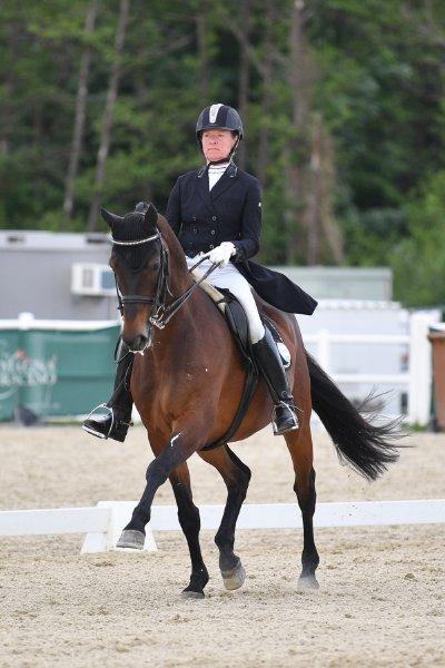 data/inhalt/events/2017/17087_CDN-A/horsesportsphoto_donnerstag_17087/GrossauerSonja_CarpeDiem5_kl.jpg