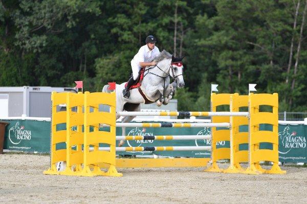 data/inhalt/events/2017/17088_CSN-A_OESTM/horsesportsphoto_donnerstag_17088/AtzmullerMatthias_ ChapB_Bw05_kl.jpg