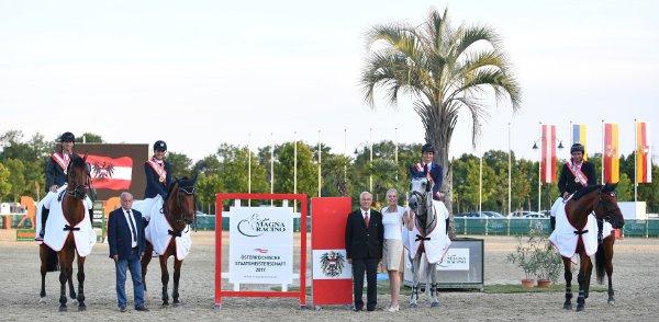 data/inhalt/events/2017/17088_CSN-A_OESTM/horsesportsphoto_freitag_17088/20170721-19541139-001_kl.jpg